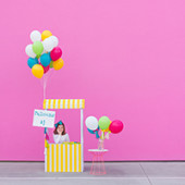 DIY Balloon Stand