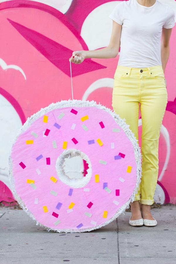 DIY Giant Donut Pinata