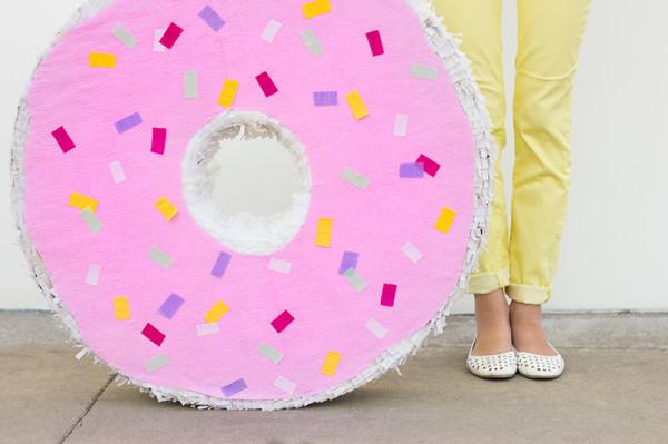 Donut Pinata DIY