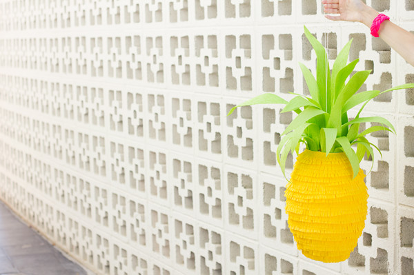 How To Make a Pineapple Piñata