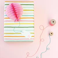 diy-honeycomb-balloon-gift-topper-thumb
