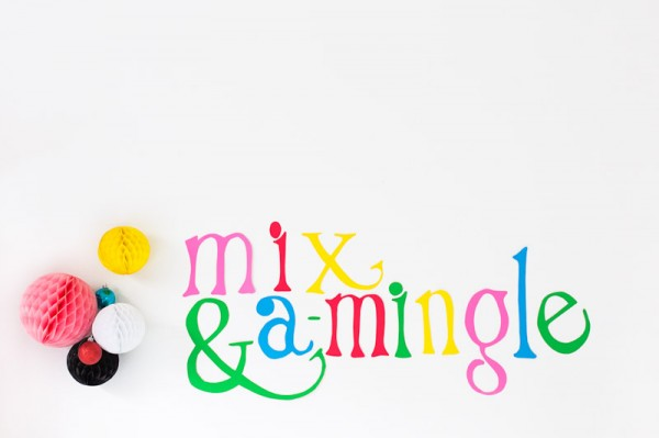 DIY Mix and A-Mingle Holiday Sign