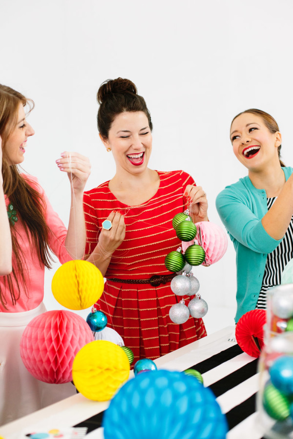 How to Host a Holiday Craft Party