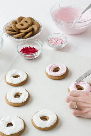 Gingerbread Donut Cookies