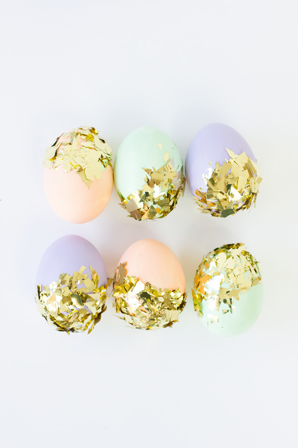DIY Confetti Dipped Easter Eggs1