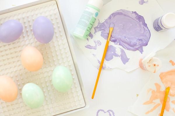 DIY Confetti Dipped Easter Eggs