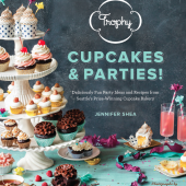 Trophy Cupcakes & Parties Book Signing at Williams-Sonoma!