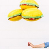 DIY Burger Balloons (+ A Balloon Time Giveaway!)
