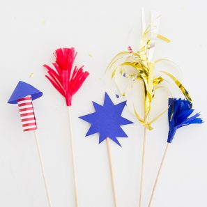 july-4th-fireworks-drink-stirrers-ehowsquare