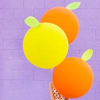 DIY-Giant-Citrus-Balloonsthumb