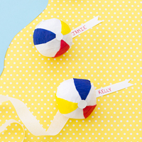 diy-beach-ball-surprise-balls-ehow21