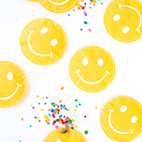 DIY Smile Favor Pouches (Free Printable!)
