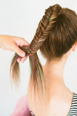 DIY Colorful Fishtail Braid with Hair Chalk