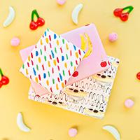 Free-Printable-Banana-Split-Wrapping-Paperthumb