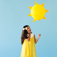 DIY-Ray-of-Sunshine-Costumethumb