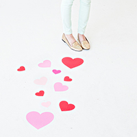 DIY-Heart-Floor-Decals3thumb