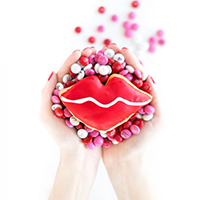 Kissy-Kissy-Lip-Donutsthumb