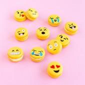 DIY Emoji Macarons