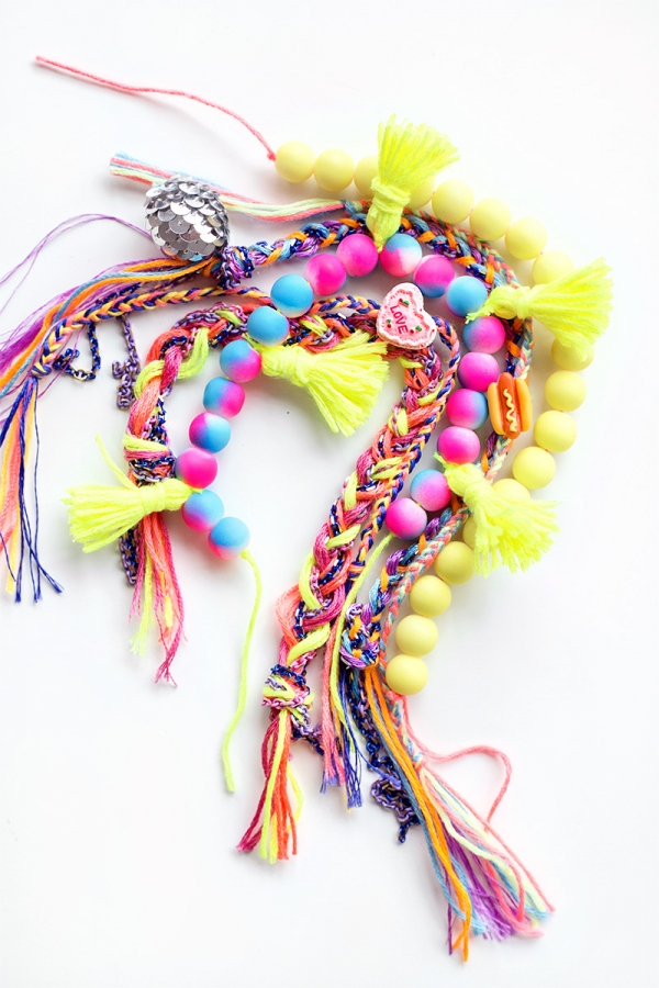 DIY Friendship Bracelets | studiodiy.com