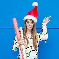 DIY-Crochet-Christmas-Light-Sweater-3a
