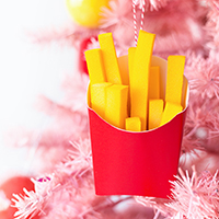 Fries-Before-Guys-Ornaments-9-2thumb