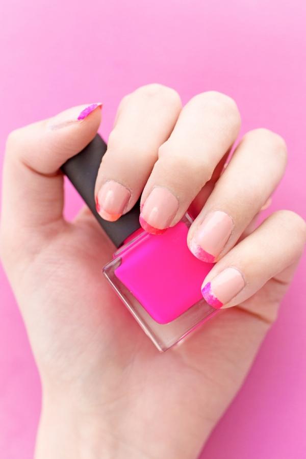 DIY Valentine's Day French Manicure | studiodiy.com